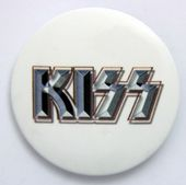 Kiss - 'Logo White Background' Large Button Badge
